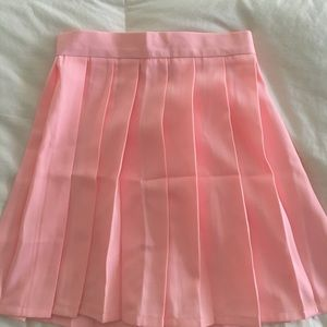 Dresses & Skirts - pink tennis skirt- high waisted